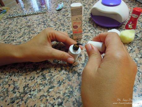 Gel nails at home di Essence
