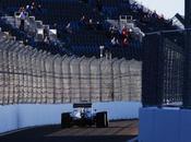 Russia, libere Hamilton candida alla pole position