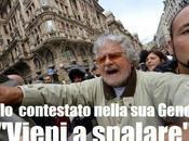 """Grillo Genova becca """"vaffa"""" dagli angeli fango!"""