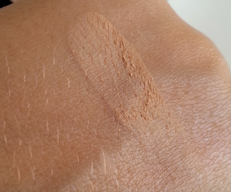 PUPA Extreme Matt Fondotinta Compatto in polvere [review&swatches]