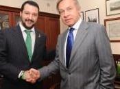 «Sanzioni alla Russia fanno interessi solo delle lobby» Intervista Matteo Salvini Gianluca Savoini