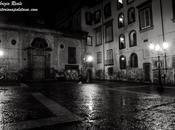 Napoli notte: Largo Banchi Nuovi