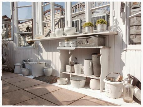 Una romantica casa shabby chic style in centro a vienna for Casa shabby chic moderna