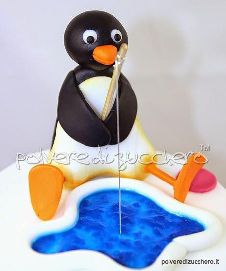 Torta in pasta di zucchero pingu il pinguino e robby la