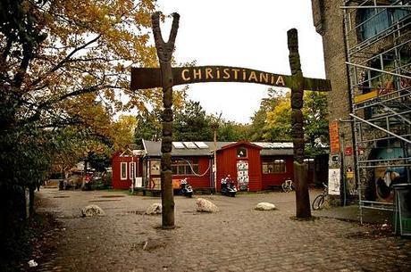 Christiania: La città Autogestita nel cuore di Copenhagen