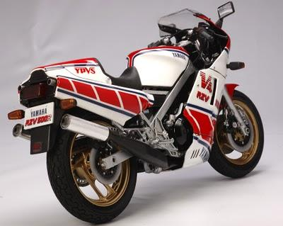 Yamaha RVZ 500 R by Utage Factory House (Tamiya)