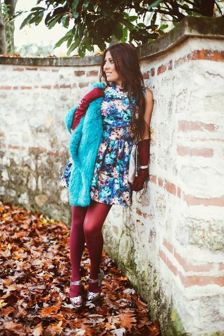 http://www.oasap.com/dresses/47822-vintage-rose-pleated-sleeveless-beaded-dress.html/?fuid=235465