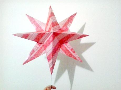 Puntale A Stella Per Albero Di Natale.Stella Di Carta Diy Come Puntale Per L Albero Di Natale Paperblog