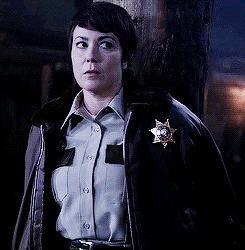 """Recensione   Supernatural 10×08 """"Hibbing 911″."""