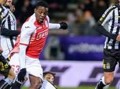 Jupiler League: Club Brugge allunga classifica. Standard derby