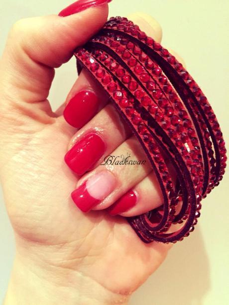 Che curare lascesso su un dito del piede a un unguento di unghia