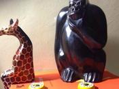 Diario africano 32/Dialoghi giraffa seduta gorilla pensoso