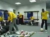 (VIDEO)Joga Bonito, Ronaldinho Gaúcho, Roberto Carlos, Ronaldo, Adriano. #thisisfootball #legends