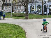 cartolina da... Vienna: bambini all'asilo