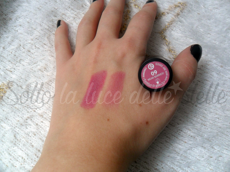Review (swatch) Essence: rossetto labbra lunga durata wear berries!