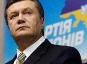 deposto leader ucraino Viktor Yanukovic ricercato dall'Interpol