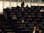 Renzi Strasburgo chiude semestre italiano, l'aula quasi vuota