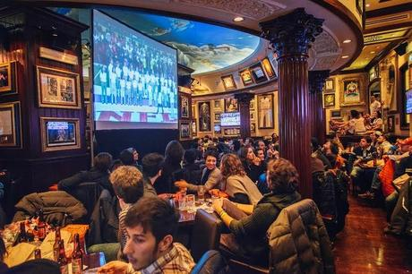 THE BIG GAME 2015 All'Hard Rock Cafe la diretta Fox Sports 2 HD nella lunga notte del football americano