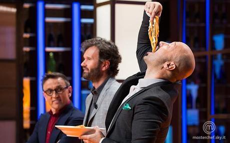 MasterChef Italia [Sky Uno], per la prova in esterna cinquanta affamati rugbisti
