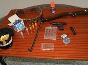 Floridia: pistola, carabina munizioni casa. manette 52enne
