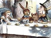 consigli organizzare party come Alice paese delle meraviglie