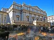 Califfato Milano: jihaidisti Leoncavallo bruciano Feltrinelli