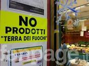 """Festival Sanremo, spunta cartello """"Qui prodotti Terra Fuochi"""""""