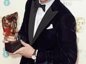 Eddie redmayne cruise vestono giorgio armani bafta awards