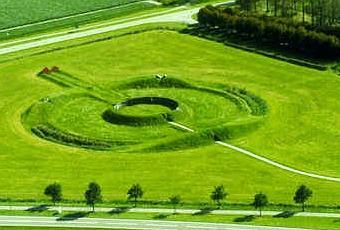 Land art arte e ambiente paperblog for Minimal art artisti