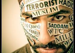 MINISTRO AFFARI ESTERI IRANIANO: L'IRAN PREOCCUPATO PER LE MANIFESTAZIONI DI ISLAMOFOBIA