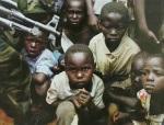 Sudan. Uomini armati rapiscono bambini nord paese