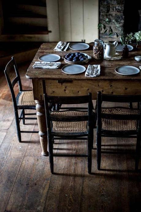 Tavola tovaglia tradizionale o apparecchiatura all - Tavolo all americana ...