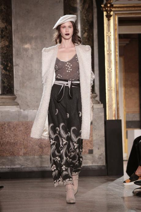 Milano moda donna luisa beccaria a i 2015 16 paperblog for Studio moda milano
