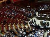 Reddito parlamentari: Renzi dichiara mila euro, mentre Grillo 147. Grasso doppio della Boldrini