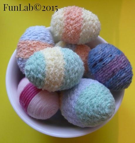 Lavoretti di pasqua decorare le uova con la lana paperblog - Decorare le uova per pasqua ...
