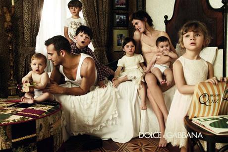 Dolce-e-Gabbana-bambini-Bianca-Balti-06