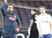 Napoli-Dinamo Mosca 3-1: Kuranyi spaventa, Higuain folleggia