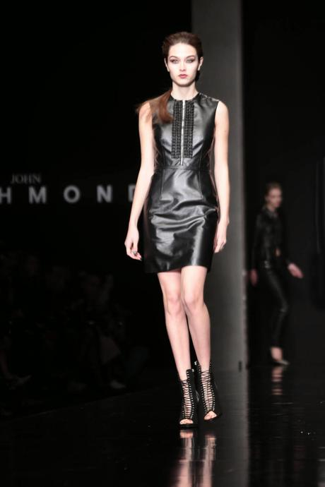 Milano moda donna john richmond a i 2015 16 paperblog for Studio moda milano