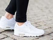 Come portare…le sneakers bianche?