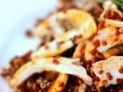 Insalata quinoa rossa, pollo funghi vinaigrette all' harissa