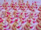 Mini wedding cake: piani rose nastrini raso