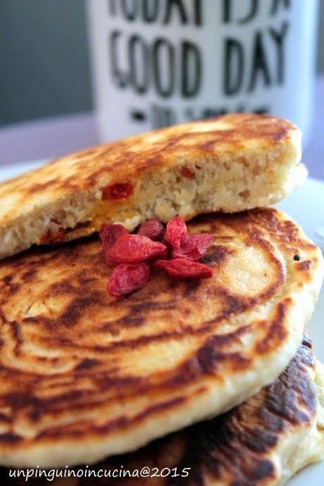 Pancake al cocco e bacche di Goji per CorporeSano