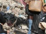 """Siria, orrore Yarmuk: """"Gli jihadisti dell'Isis giocavano calcio teste mozzate"""""""
