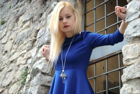 Teresa Morone Abito blu Novorish e stivaletti