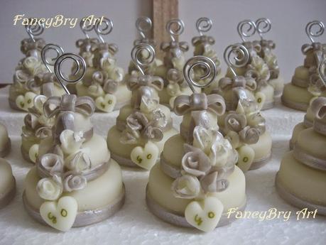 Segnaposto Matrimonio Mini Torte.Segnaposti Matrimonio Mini Wedding Cake Bianche Argento Con
