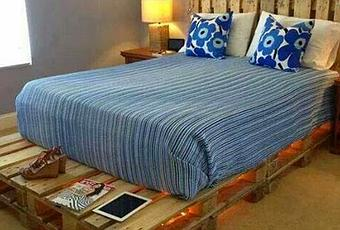 Come realizzare un letto con i bancali paperblog - Come costruire un letto contenitore ...