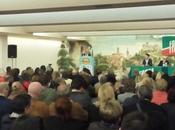 Elezioni Regionali: Aldo Tracchegiani inaugura corsa alla Regione davanti persone