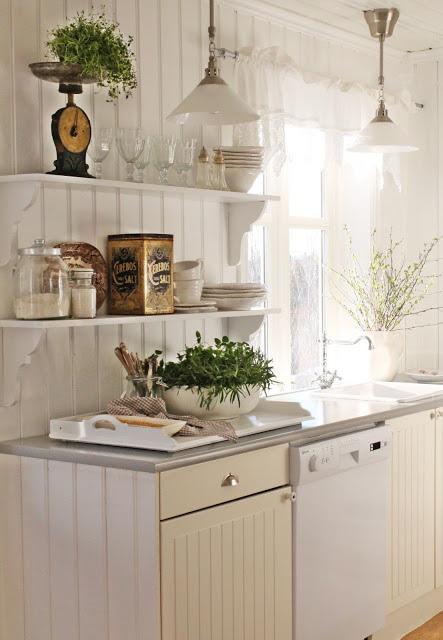Arredare una casa al mare in stile shabby chic paperblog for Case arredate stile shabby