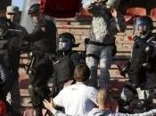 Calcio violenza, solo l'Italia centro delle polemiche. Quest'anno episodi anche Serbia, Turchia Spagna