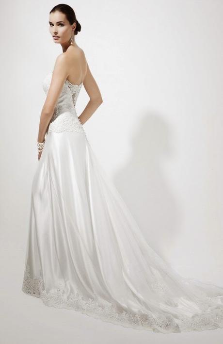 179b9e05af1e L abito da Sposa fra tradizione e modernità grazie allo stile di Galvan.